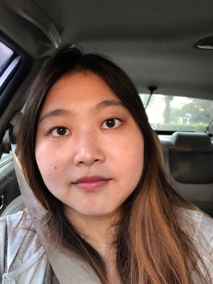 日常實用唇色分享 I'M MEME 我愛唇膏筆 #CY211 珊瑚橘 Linda 任意依戀 秀智色 濕潤滑順 顯色持久 彩妝品分享 攝影