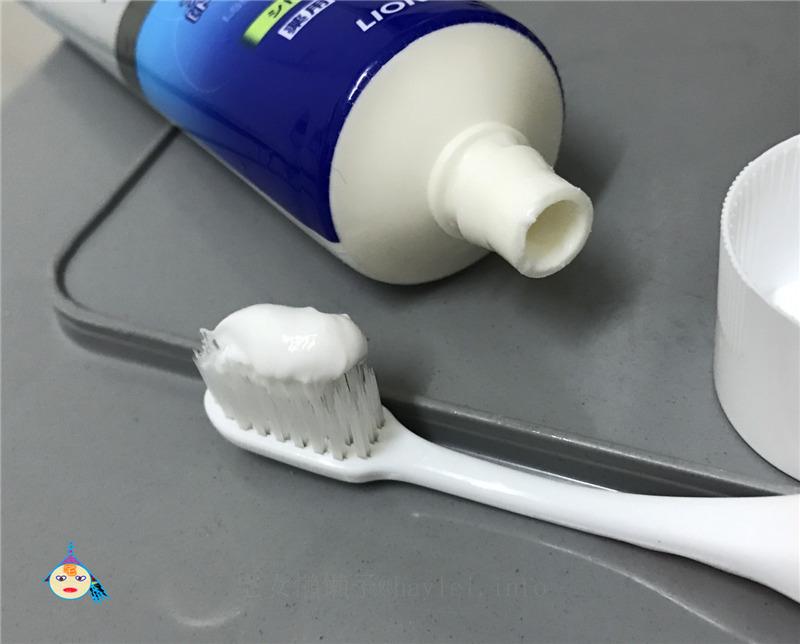 獅王 LION 固齒佳酵素淨護牙膏 柑橘薄荷 享受日本原裝進口的口腔清新使用感受! 保養品分享 健康養身 攝影 民生資訊分享