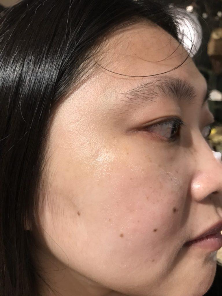 skincare/夏季保養-帕妃雯全效美白水凝霜 超水感的滋潤,用手溫敷一下臉會更好~ 保養品分享 健康養身 攝影 民生資訊分享