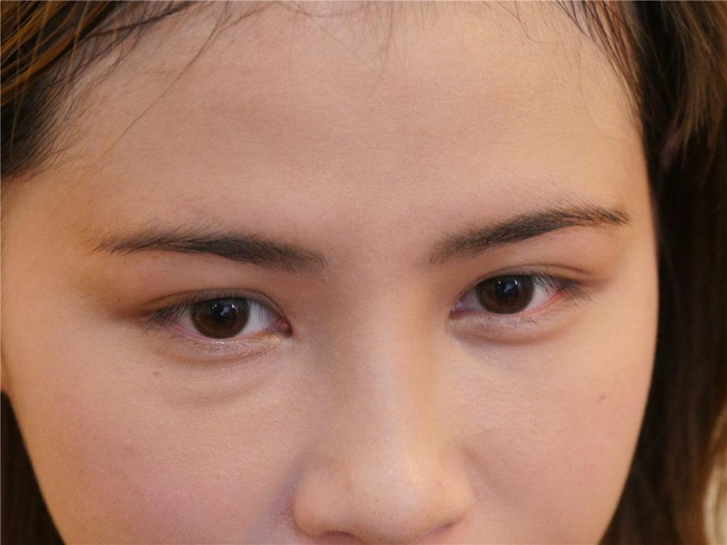 台中霧眉推薦~擺脫眉完眉了,來一中商圈的 Party Queen 仿妝紋繡達人 就對了! 彩妝品分享 攝影 民生資訊分享