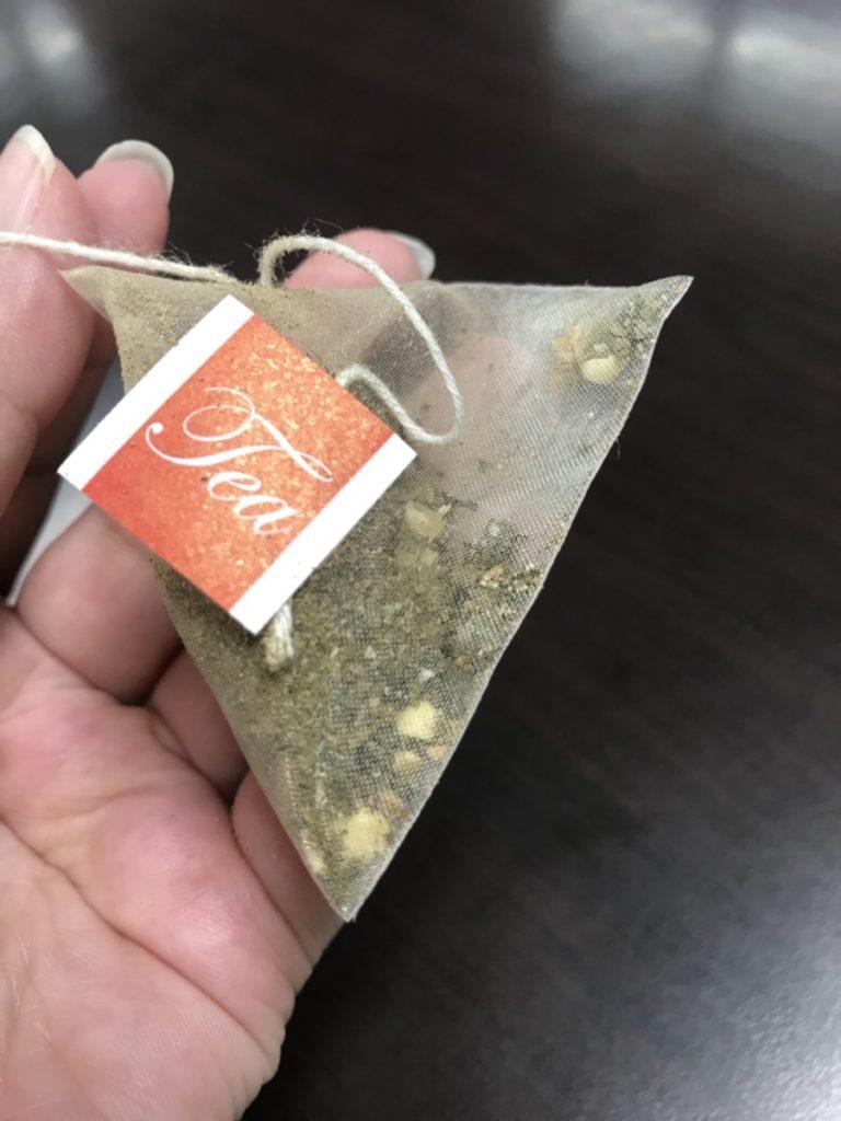 台灣茶人 紅薏仁活力纖盈茶 輕鬆冷泡最適合夏天 三角立體茶包 充分釋放茶葉香氣 中式料理 健康養身 宅配食記 攝影 民生資訊分享 飲食集錦