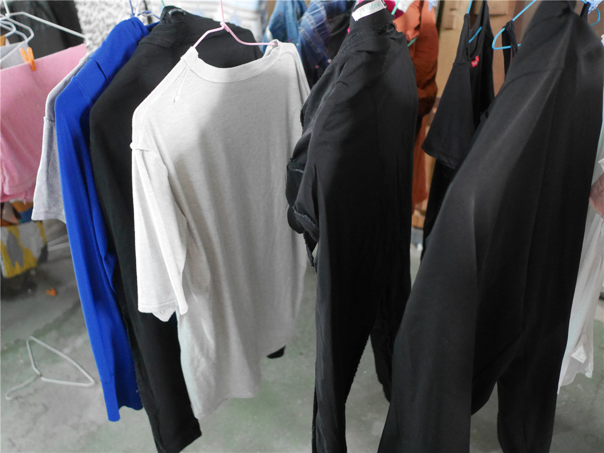 dalli雙效洗衣膠囊-全效花香雙效洗衣膠囊-森林綠 全聯限定販售的洗衣好幫手 輕鬆解決衣物異味,清新香氣好好聞 健康養身 攝影 民生資訊分享