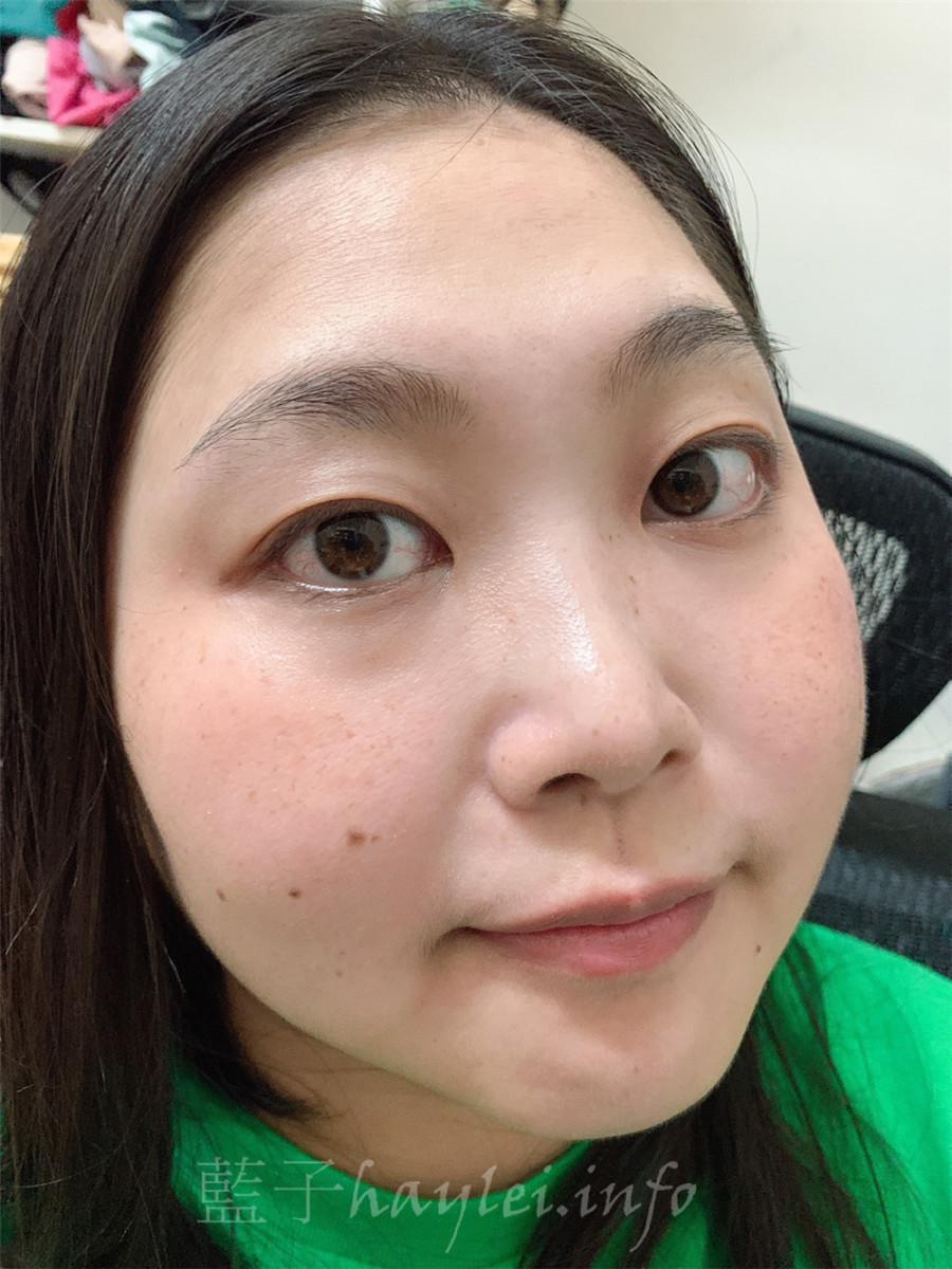 洗臉推薦/艾美肌美容巾絕對是懶人的福音,艾美肌鍺銀離子美容導入巾是最近超夯的美容導入巾,奈美級離子融入纖維加上特殊的織法,溫水即可洗臉卸妝去角質,幫助深層清潔、輕鬆卸妝!美妝保養/肌膚保養/臉部清潔/卸妝清潔/卸除彩妝/清潔肌膚/溫和去角質/全身可用/美容巾推薦/藍子愛美麗 健康養身 彩妝品 彩妝品分享 攝影 民生資訊分享